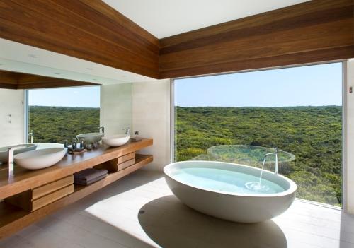 South Ocean Lodge_OZ_10b-osprey-bathroom