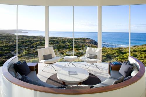 South Ocean Lodge_OZ_9b-osprey-pavilion-lounge