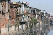 Favela Tourism_Mumbai Slum_267564-dharavi-slum-mumbai-02