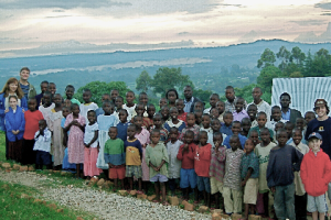 african-orphan-outreach-in-kenya-www.cluelessclay.com