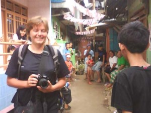 A foreign tourist on Jakarta's version of a favela tour. Photo: Anissa S. Febrina/JP